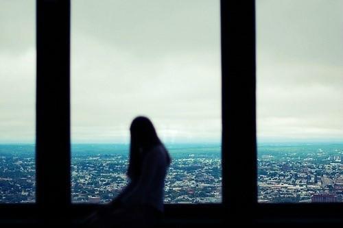 唯美简单的治愈系说说带图片 山月孤寂只是未见我