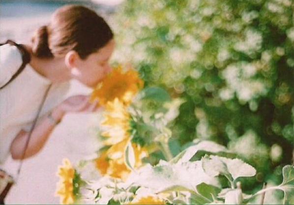 爱情中的甜蜜小句子 喜欢一个人的文艺小清新说说带图片