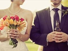 领完结婚证的微信个性说说2018 关于领结婚证的高逼格说说发朋友圈