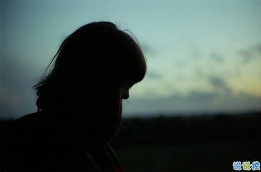 很深情很撩人的情话带图片 融化人心的小可爱女生说说13