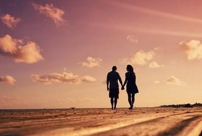 qq空间爱情说说:我知道,你是我用生命等来的守候图片
