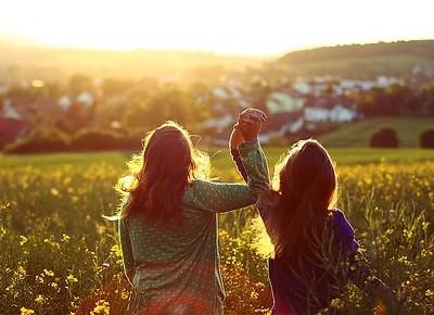 朋友说说大全:真正的朋友,了解你比你自己还要多