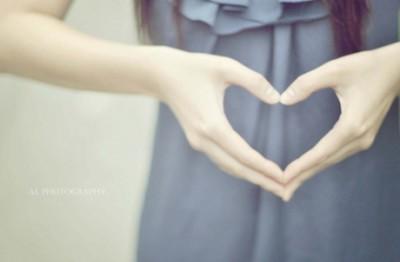 QQ爱情说说:爱情很脆弱,任何一个人松手都会分道扬镳