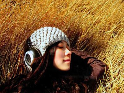 我的快乐就是想你唱带曲谱-料,一见到你就开心的冒泡