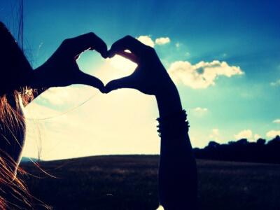 QQ说说爱情大全:再多的访问量也比不上心上人的一条留言